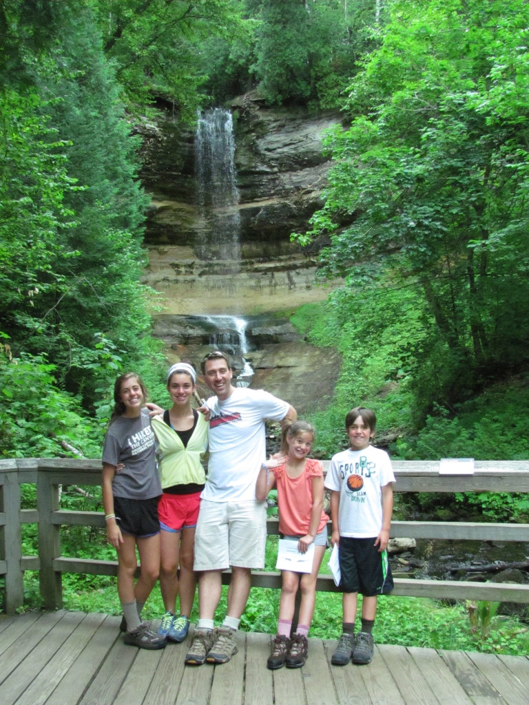 Pictured Rocks National Lakeshore Road Trip The World