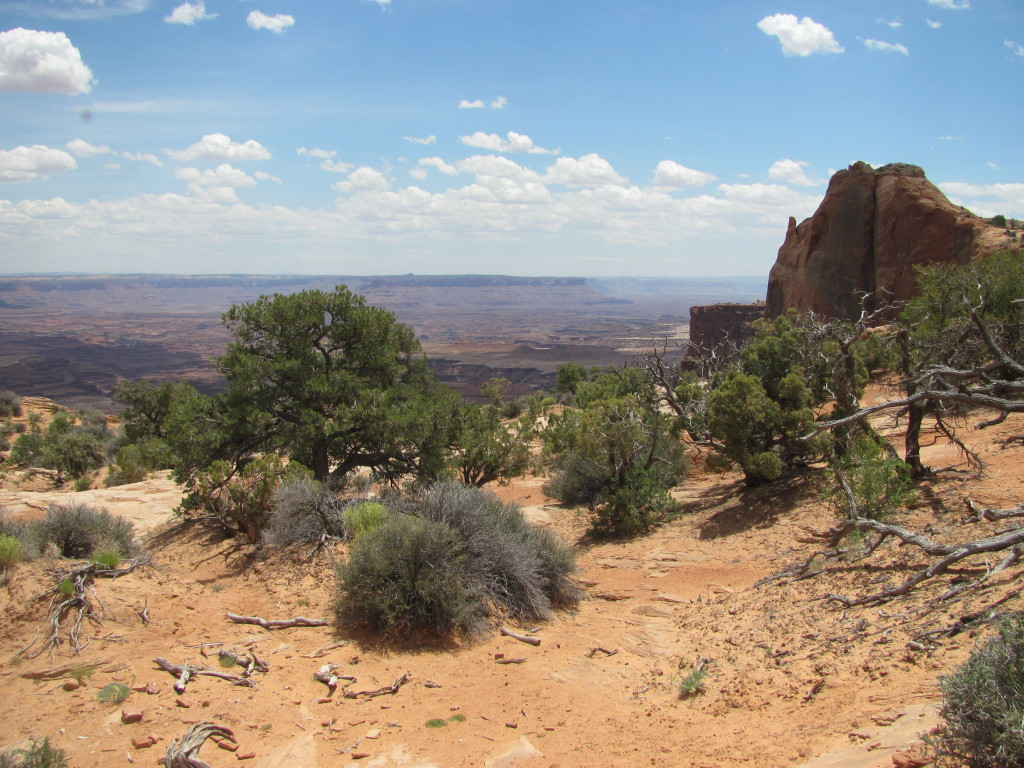 Drive to Upheaval Dome- Canyonlands National Park